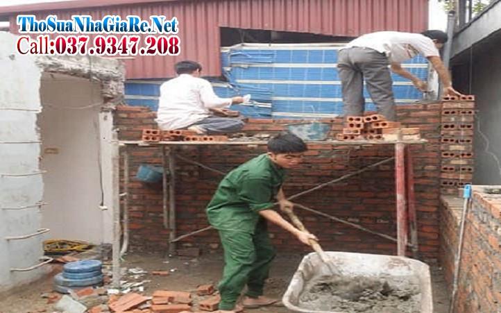 Đội thợ xây trát tại sửa chữa cải tạo nhà ở tại Hà Nội